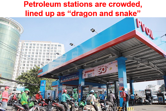 "Petroleum stations are crowded, lined up as ""dragon and snake"""