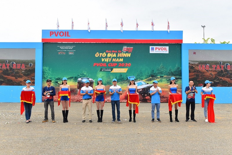 Vietnam's largest terrain car race PVOIL VOC 2020 officially opens