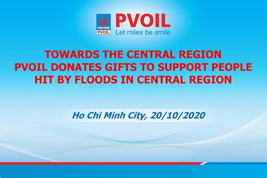 PVOIL donates gifts to support people hit by floods in central region