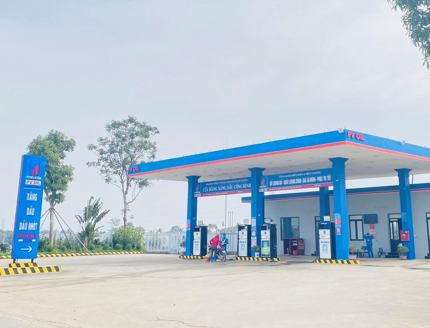 PVOIL Thanh Hoa inaugurates five petrol stations